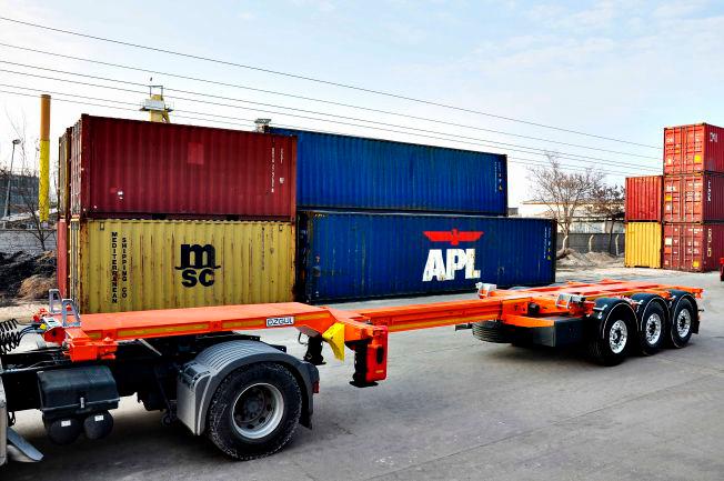 Полуприцеп контейнеровоз 3-х осный